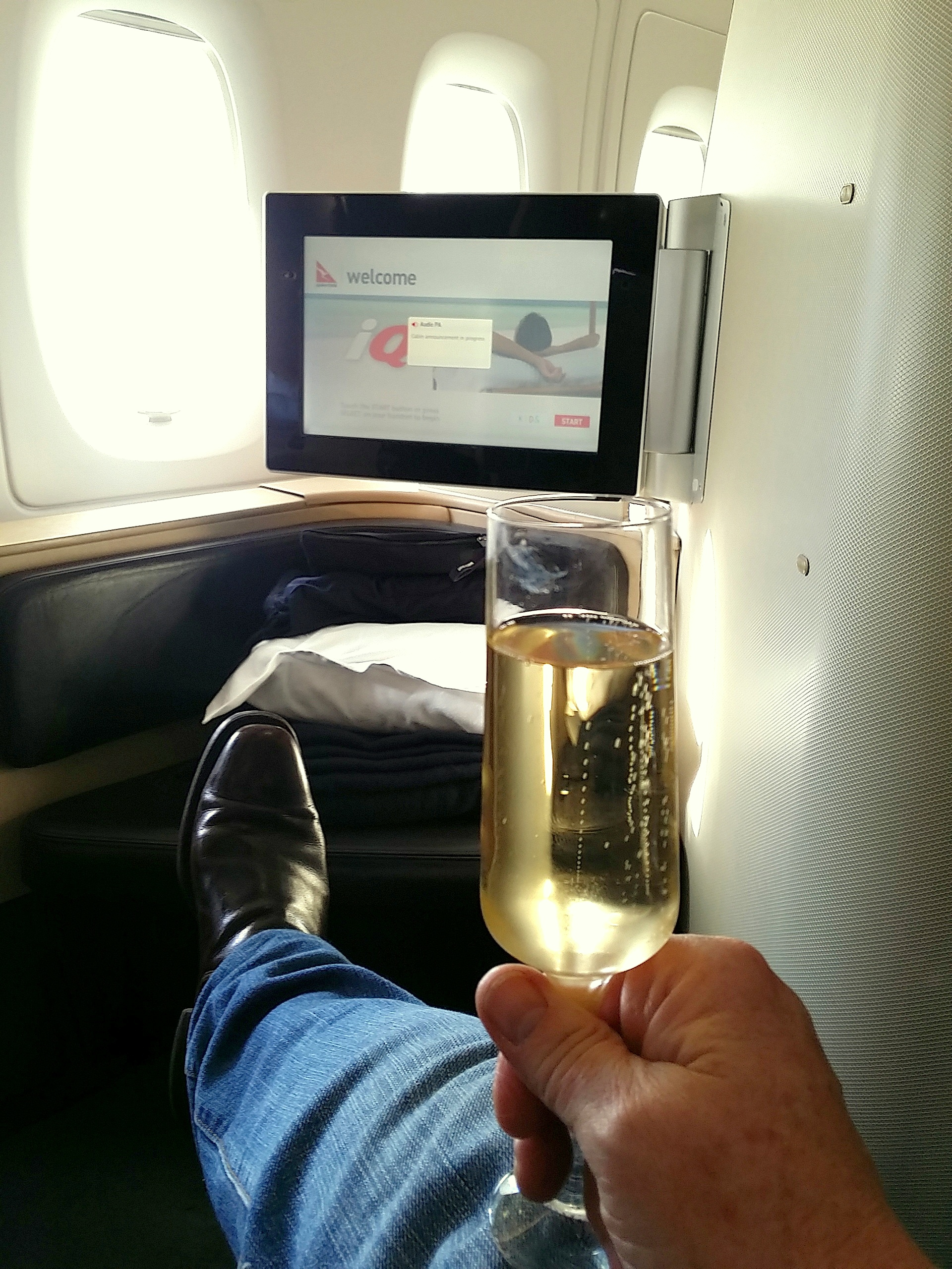QF BUBBLES BEFORE TAKEOFF